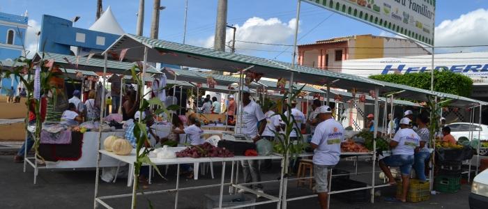 Festa junina movimenta feira da Agricultura Familiar em Goianinha