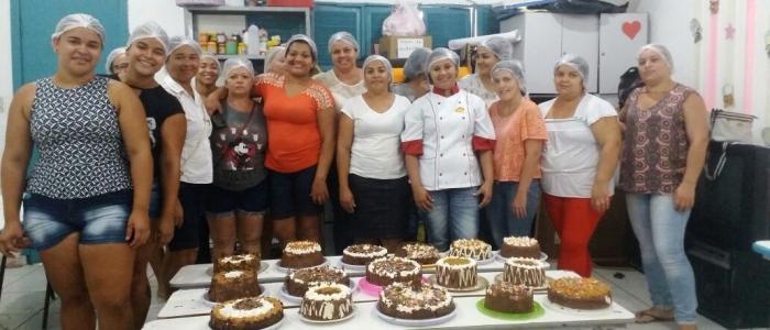 Mulheres de Goianinha participam de atividades alusivas ao Outubro Rosa