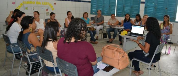 Professores da Educação Infantil participam de formação do PNAIC