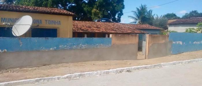 Escola Dona Toinha segue sendo reformada pela Prefeitura